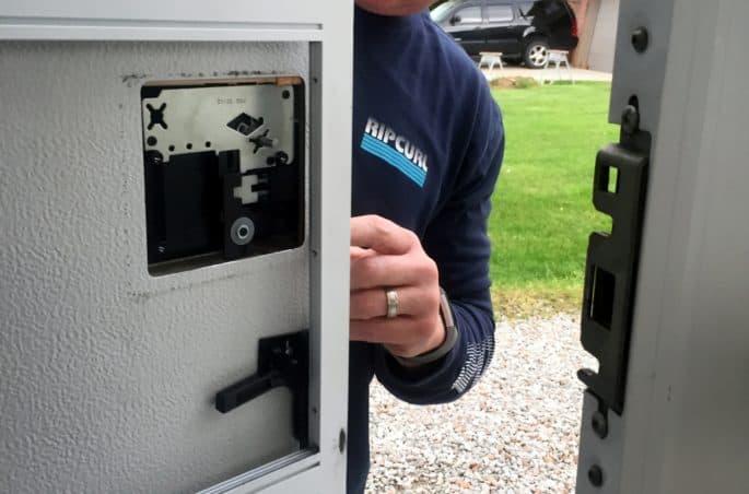 rv door lock set replacement installation